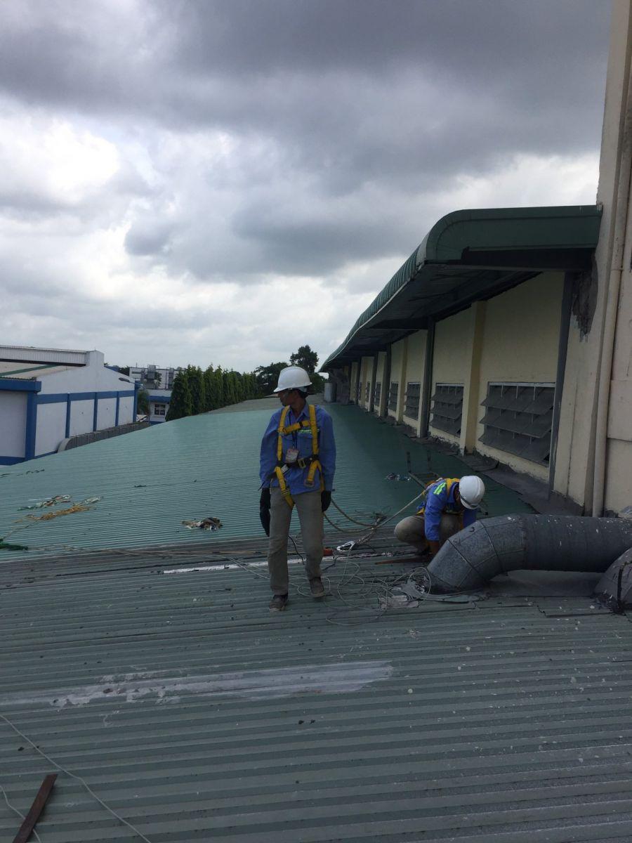 sửa mái tôn nhà xưởng bình dương